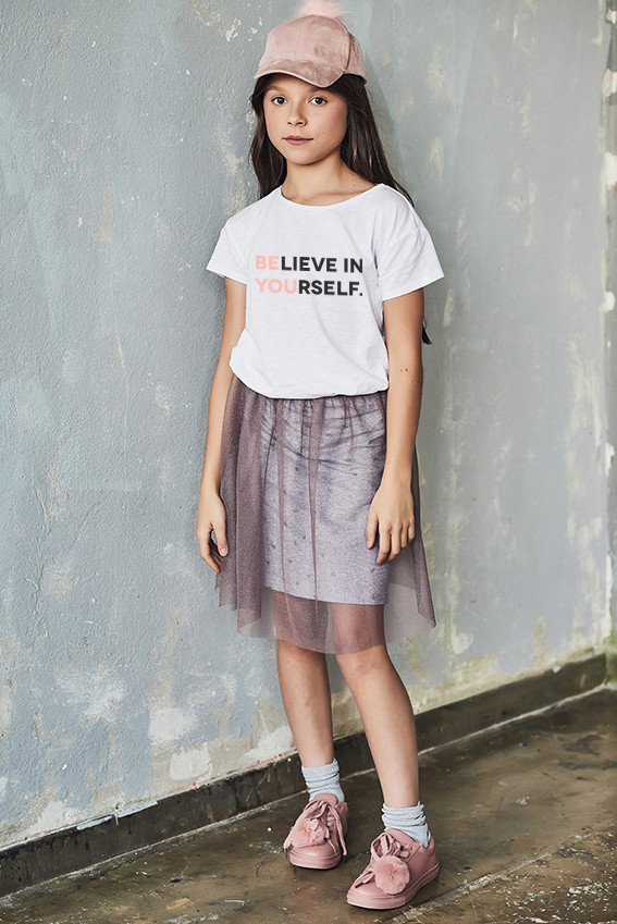 Biała koszulka bawełniana z nadrukiem Believe in yourself